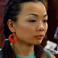 Lan Hương làm bánh xèo ngon nhất