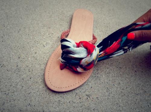 Eva khéo tay: Biến hóa giày xinh cùng vải vụn - 13