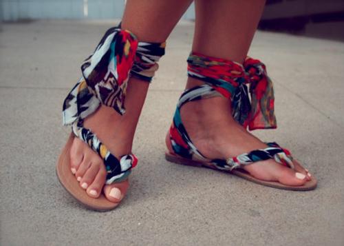 Eva khéo tay: Biến hóa giày xinh cùng vải vụn - 9