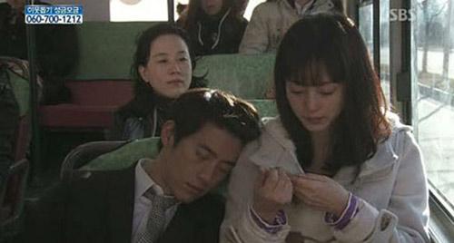 8 canh lang man tren xe buyt trong phim han - 5