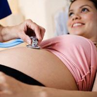 Dấu hiệu nguy hiểm 3 tháng đầu thai kỳ