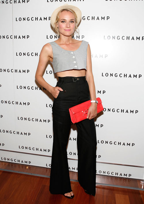 my nhan diane kruger 'lot xac' voi ao lung - 10