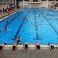 Làm mẹ - Học bơi hè: Không phải rẻ là tốt
