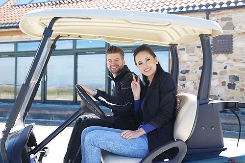 mai phuong thuy hoc lai xe golf cung trai tay - 5