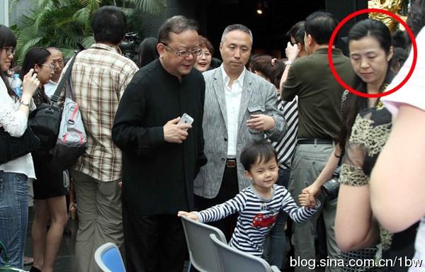 """con trai """"hoa dai nhan"""" cang lon cang dang yeu - 4"""