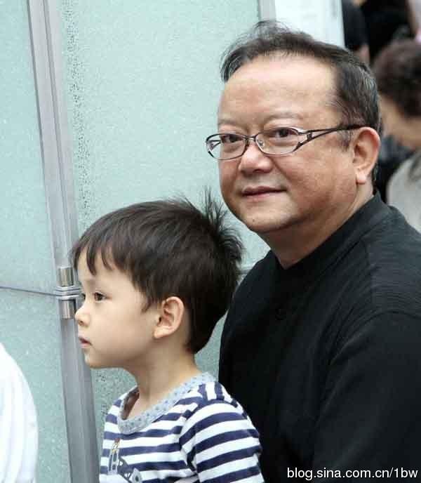 """con trai """"hoa dai nhan"""" cang lon cang dang yeu - 2"""