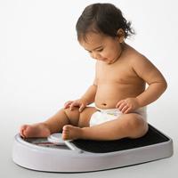 Tư vấn cho mẹ có con chậm tăng cân