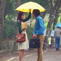 Tình yêu bùng cháy giữa trời mưa trong phim Hàn