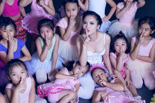 yen trang mua ballet cung cac ban nho - 7