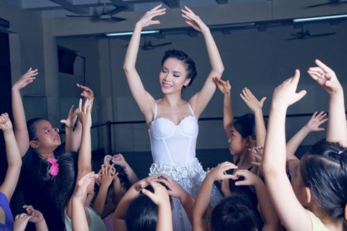 yen trang mua ballet cung cac ban nho - 4