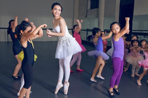 yen trang mua ballet cung cac ban nho - 9