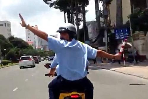 "bat hang loat xe ""ho tong"" nick vujicic - 2"