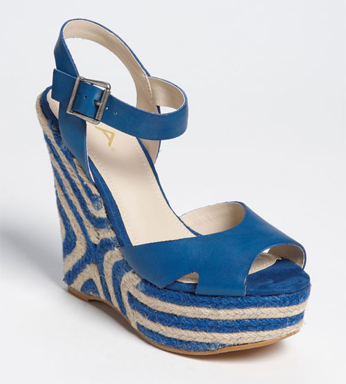 sandal cho mua di bien - 3