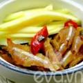 Bếp Eva - Cá cơm kho xoài ngon lạ