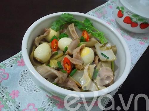 Giòn giòn dạ dày kho dưa cải trứng cút - 8