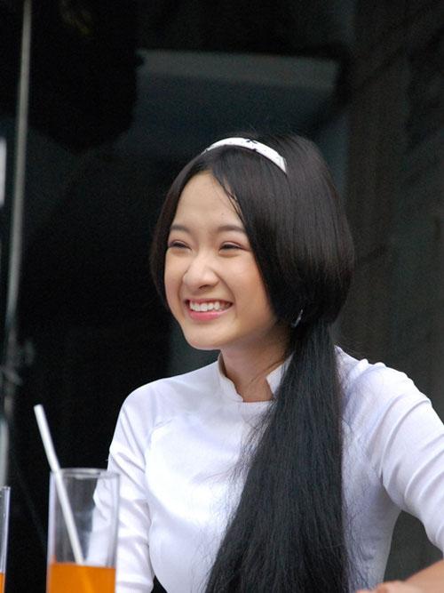 "lo bang diem ""be bet"" cua angela phuong trinh - 6"