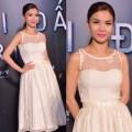 Làng sao - Yến Trang xinh như công chúa xem phim một mình