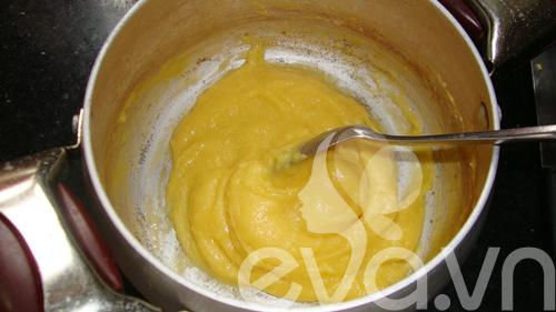 Bánh su kem nhân chocolate - 9