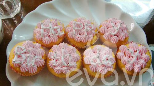 cupcake sua chua de thuong mung sinh nhat - 10