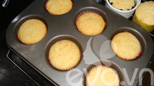cupcake sua chua de thuong mung sinh nhat - 6