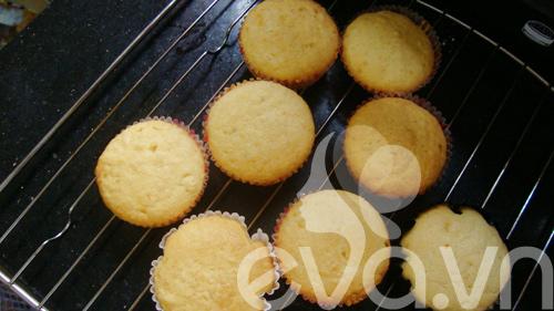 cupcake sua chua de thuong mung sinh nhat - 7