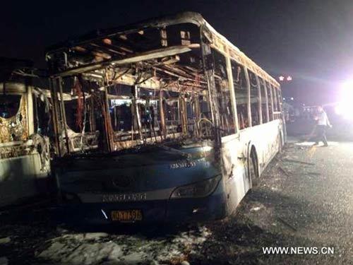 tq: xe bus boc chay, 42 nguoi chet - 1