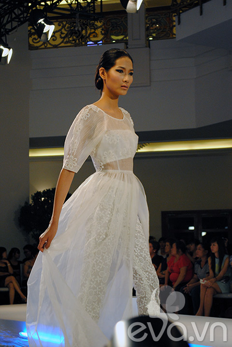 dan mau vietnam next top model do chan dai - 3