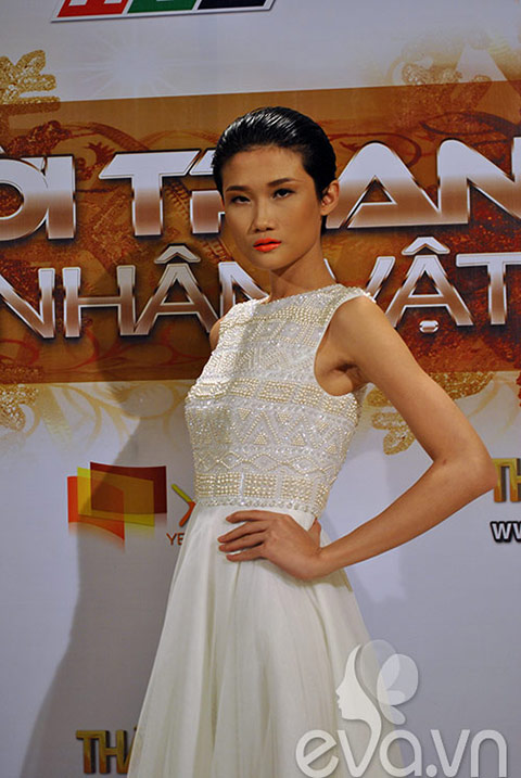dan mau vietnam next top model do chan dai - 5
