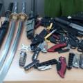 Tin tức - Kiểm tra xe tải, phát hiện cả kho vũ khí