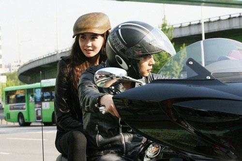 Ai đi moto ngầu nhất màn ảnh Hàn? - 7