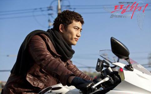 Ai đi moto ngầu nhất màn ảnh Hàn? - 4
