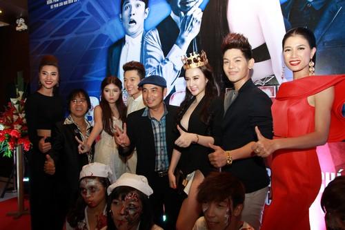 "angela phuong trinh ""bong mat"" sau scandal - 5"
