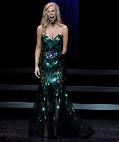 Hoa hậu không tay và hành trình đăng quang-4