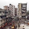 Tin tức - Sập nhà kinh hoàng ở Ấn Độ và Trung Quốc
