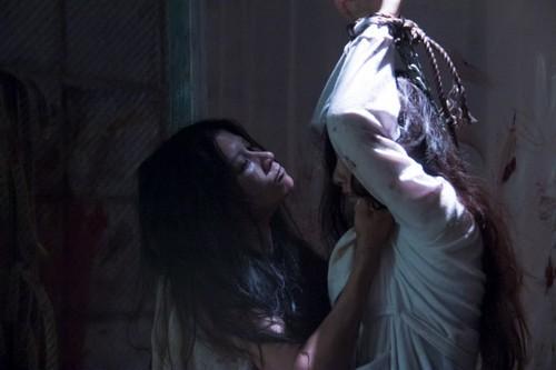 """Ngắm Trang Trần """"ghê rợn"""" trong Biết chết liền - 6"""