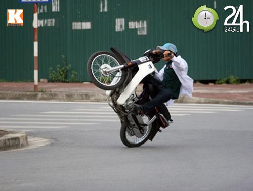 "quai xe ""boc dau, dien xiec"" tren pho hn - 4"