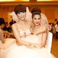 """Làng sao - Ngọc Quyên, Kim Dung """"rủ nhau"""" mặc váy cưới"""
