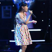 Nguyễn Ngọc Phương Nhi thổi hồn mới cho Lời mẹ hát