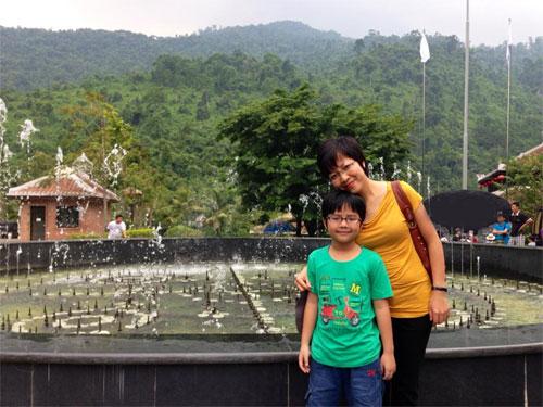 """angela phuong trinh khoe mat """"khong son phan"""" - 10"""