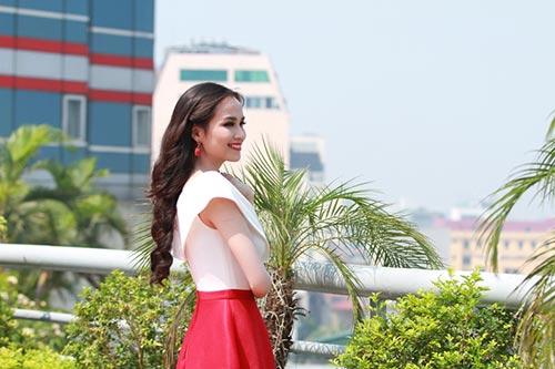 """a hau thu huong do sac cung """"dan em"""" - 4"""