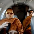 Tin tức - Nhà sư Thái Lan đi máy bay riêng bị chỉ trích