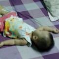 Tin tức - Hà Nội: Bố dí súng vào con gái 9 tháng tuổi