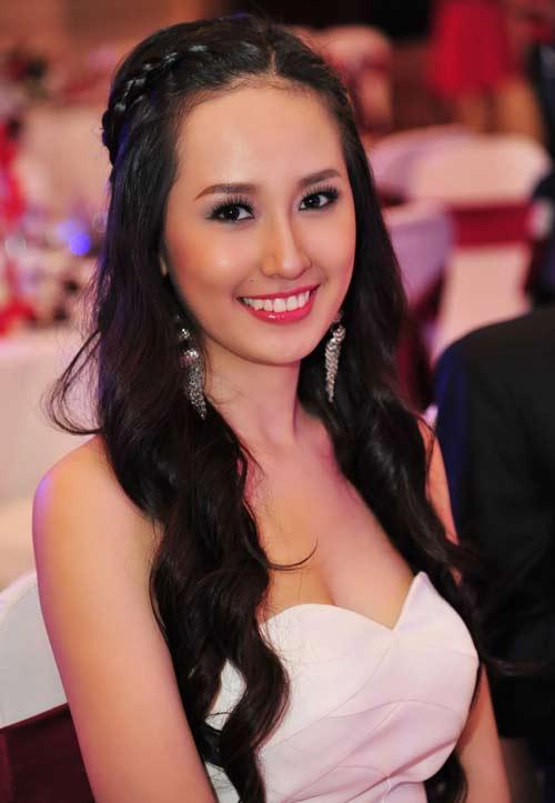 """mai phuong thuy: khong lo """"bac phan"""" - 1"""