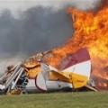 Tin tức - Mỹ: Máy bay biểu diễn nổ, diễn viên tử vong