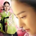 """Làng sao - Đẹp không tỳ vết như """"hoàng hậu"""" Kim Tae Hee"""