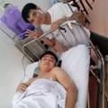 Làng sao - Tự Long nhập viện vì bị đứt dây chằng