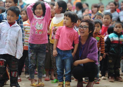 """bi quyet hanh phuc cua """"single mom"""" vbiz - 1"""