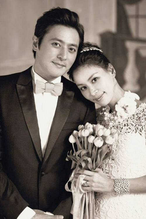 Những cặp vợ chồng đáng ngưỡng mộ nhất Kbiz - 4
