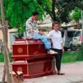 Tin tức - HN: Mang quan tài ra phố giải quyết mâu thuẫn