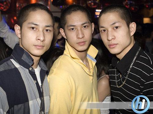 "3 chang goc viet gay ""bao"" vi dien trai - 4"
